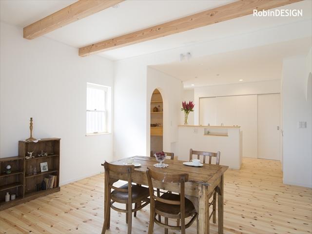 収納充実!スムーズな家事動線の、北欧テイスト中古住宅リフォーム